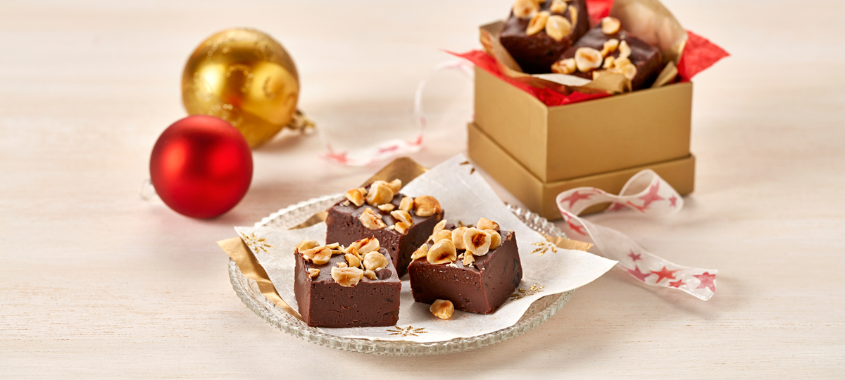 Chocolate Fudge with Hazelnuts