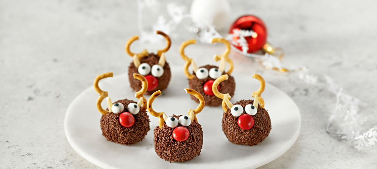 Coles Chocolate Reindeer Raisin Bites