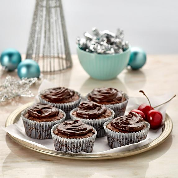 Mini Mud Cakes with Chocolate Ganache